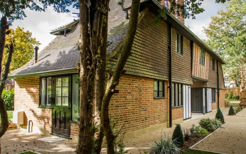 Gate House Cottages, Stanmore, HA7